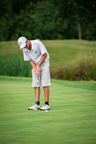 Golf Team Ends the Season With High Hopes
